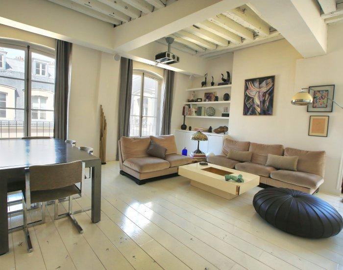 Design-Forward 1 Bedroom Apartment in Louvre - Image 1 - Paris - rentals