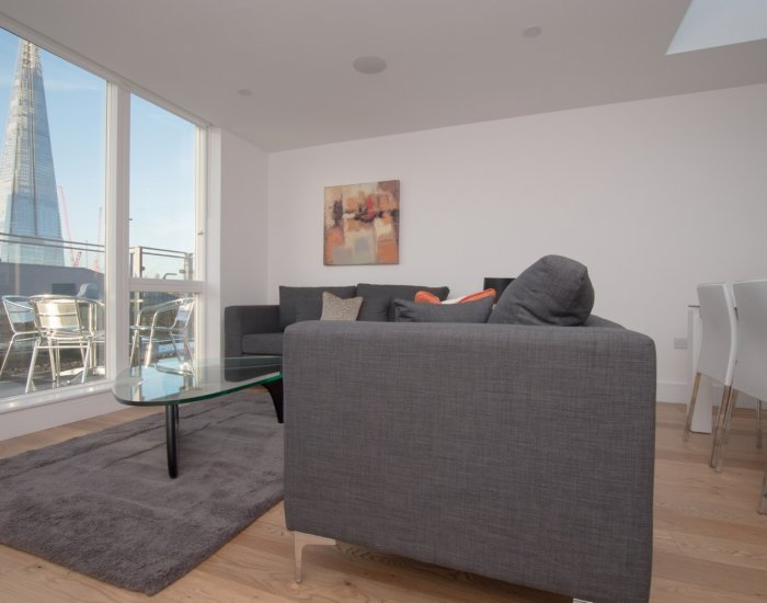 Minimal 2 Bedroom Apartment in Central London - Image 1 - London - rentals