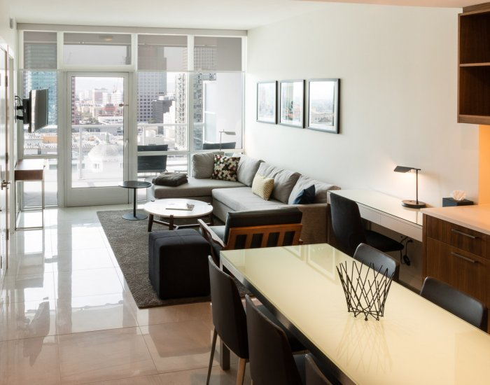 Luminous 2 Bedroom Apartment in Downtown - Image 1 - Los Angeles - rentals