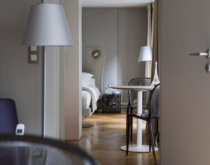 Subtle 2 Bedroom Apartment Near Opéra - Image 1 - Paris - rentals