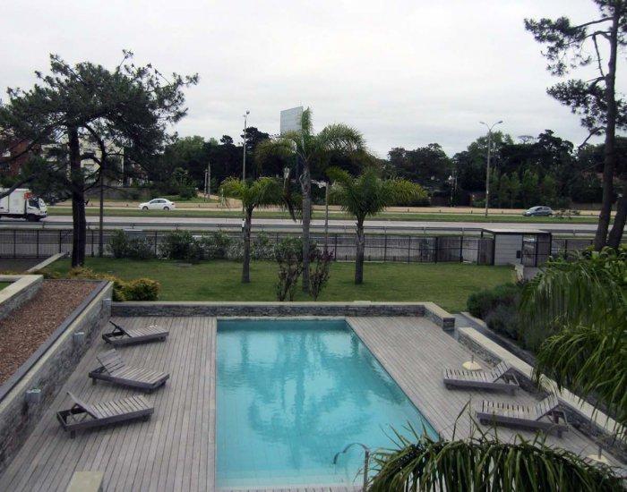Intimate 1 Bedroom Apartment in Carrasco - Image 1 - Montevideo - rentals