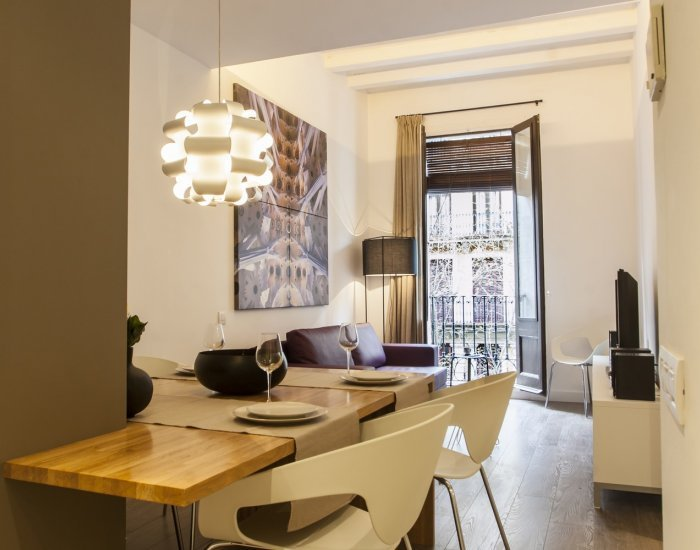 Barcelona - Cozy Diputación - Living/Dining Room - Cozy 2 Bedroom Apartment in the Heart of Esquerra de l'Eixample - Barcelona - rentals