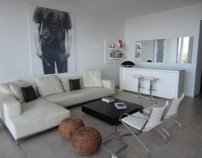 Spacious 3 Bedroom Apartment in La Barra - Image 1 - Punta del Este - rentals