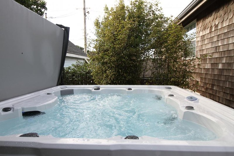 Dog-friendly oceanview home with hot tub & huge deck! One block from the beach! - Image 1 - Newport - rentals
