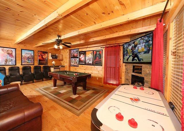 Game Room - 2 Hot Tubs with TVs, Theater Room, Indoor/Outdoor Resort Pool - Sevierville - rentals
