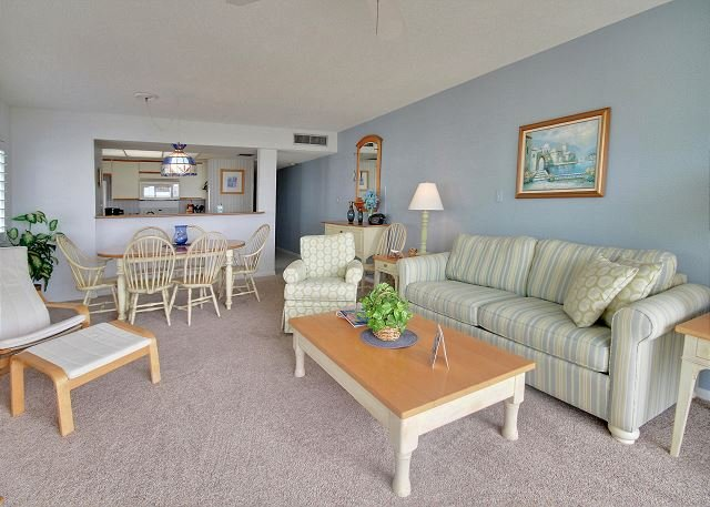 Living Area - Land's End #305 building 10 - Beach Front - Treasure Island - rentals