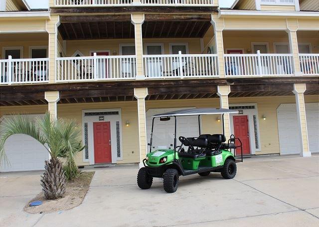 FREE GOLF CART FOR SHORT TERM RENTALS! - Beyond the Sea, *Free Golf Cart, Sleeps 10, Community Pool, Walk to the Beach - Port Aransas - rentals
