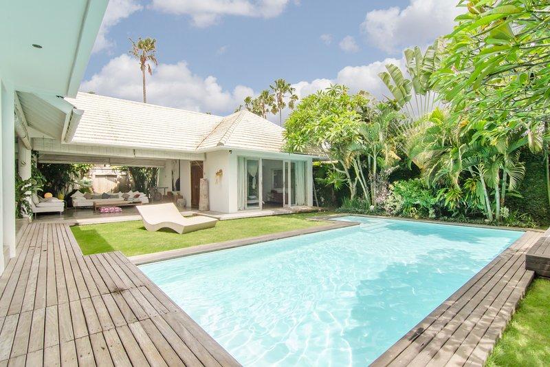 Dream Villa for Family / Friends in Umalas - Image 1 - Kuta - rentals