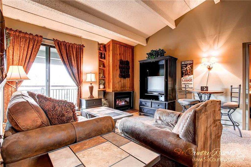 Trails End Condos P8 by Ski Country Resorts - Image 1 - Breckenridge - rentals