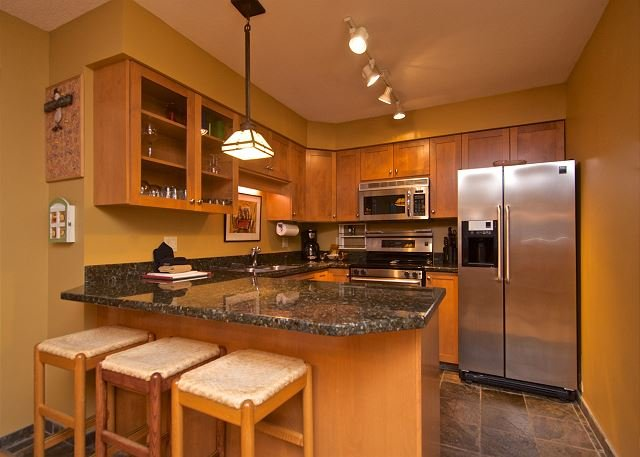 Kitchen - Acer Vacations | Greystone Lodge Two Bedroom Luxury Ski-In Ski-Out Whistler - Whistler - rentals