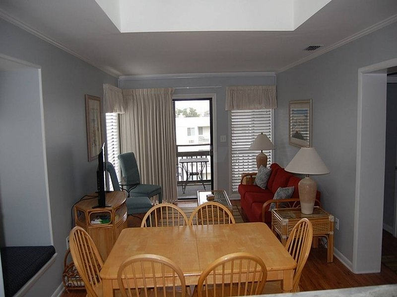 Pelican's Landing 327 - Image 1 - Myrtle Beach - rentals