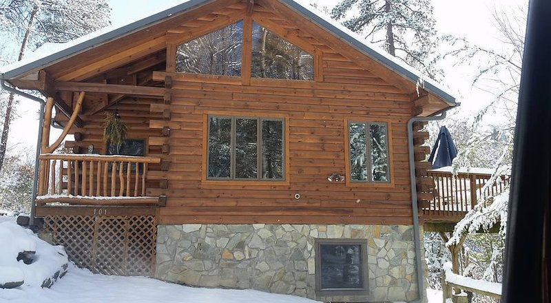 Timber Hollow, 2 master suites on a buffalo ranch! - Image 1 - Clyde - rentals