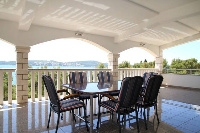Large terrace with fantastic sea-view!!! - Comfortable 3BR 2Bath app Seget Donji,  Trogir - Seget Donji-Vranjic - rentals