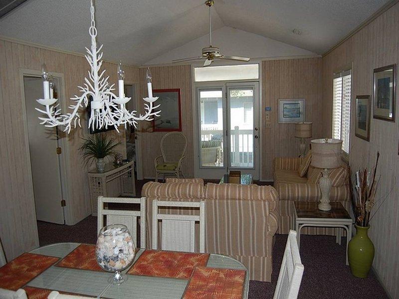 Summer Cottage 20 - Image 1 - Myrtle Beach - rentals