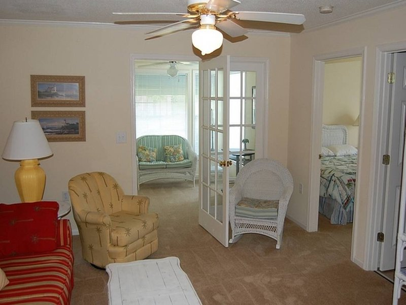Savannah Shores 9750-02 - Image 1 - Myrtle Beach - rentals
