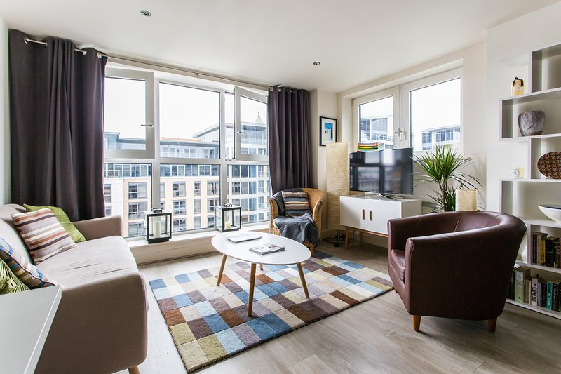 onefinestay - Imperial Wharf II private home - Image 1 - London - rentals