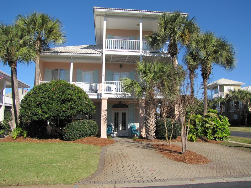 Lots of Updates over Last Year*Walk to the Beach! - Image 1 - Destin - rentals