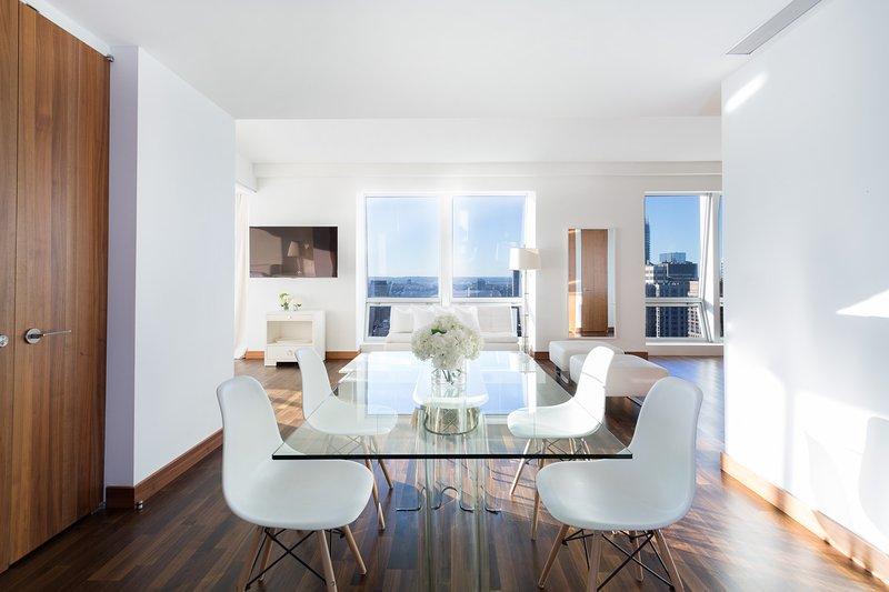 Midtown Jewel Emerald, 2 or 3 BR 2.5 BA Near 5th - Image 1 - Manhattan - rentals