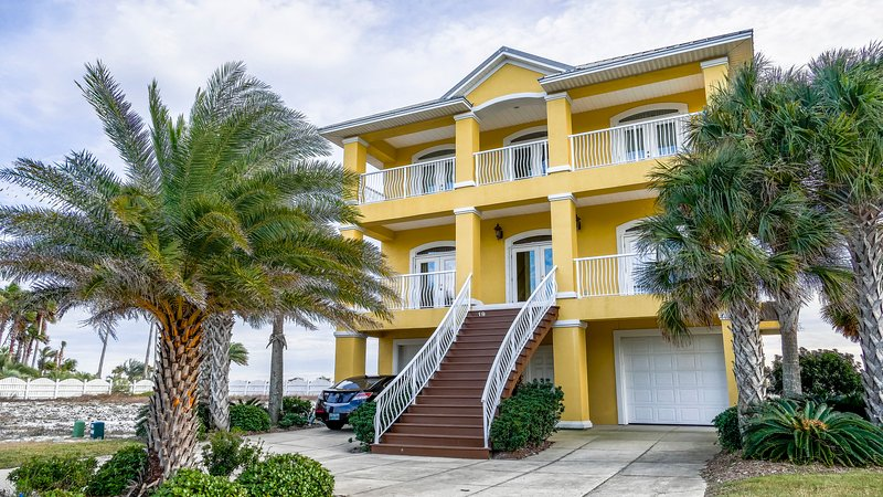 Sydney's Sandcastle on the Gulf -Call for specials - Image 1 - Pensacola Beach - rentals