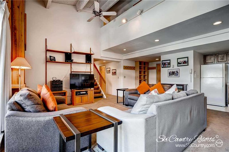 Trails End Condos P1 by Ski Country Resorts - Image 1 - Breckenridge - rentals