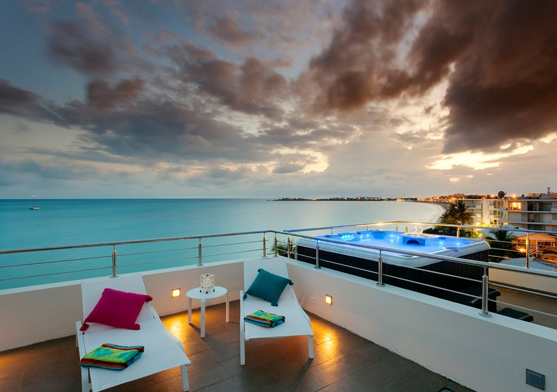 Private top terrace with jacuzzi, summer kitchen, gazebo,grill and 360 degree view - Le Papillon Penthouse - Stunning, modern beachfront unit with private roof top - Simpson Bay - rentals