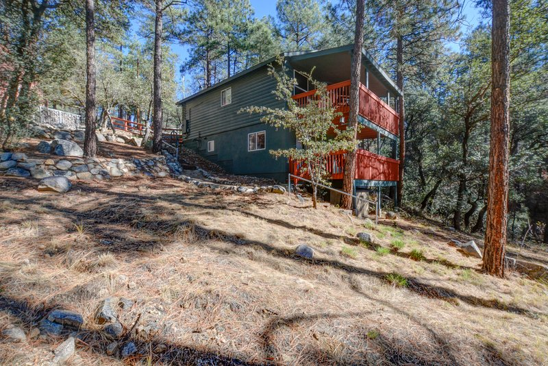 Back Decks with view - Gorgeous Cabin in the Pines - Prescott - rentals