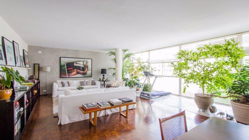 Charming 2 Bedroom Apartment in Higienópolis - Image 1 - Sao Paulo - rentals
