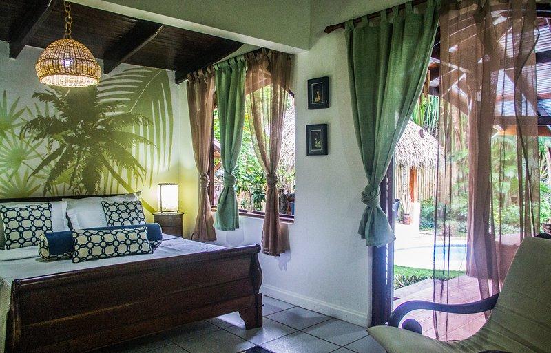 Beachfront Villa Bonita - Image 1 - Santa Teresa - rentals