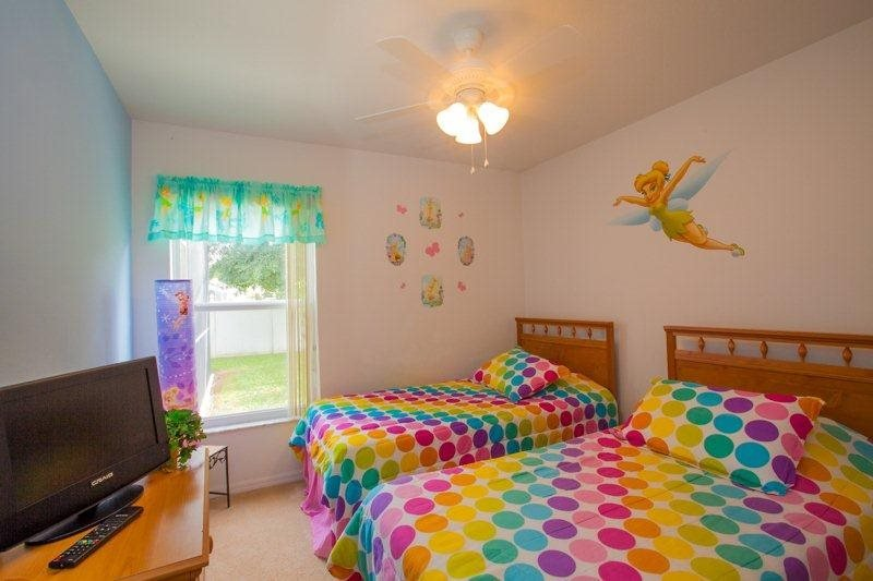 Grab A Little Sunshine At Sun N Fun Family Home - Image 1 - United States - rentals
