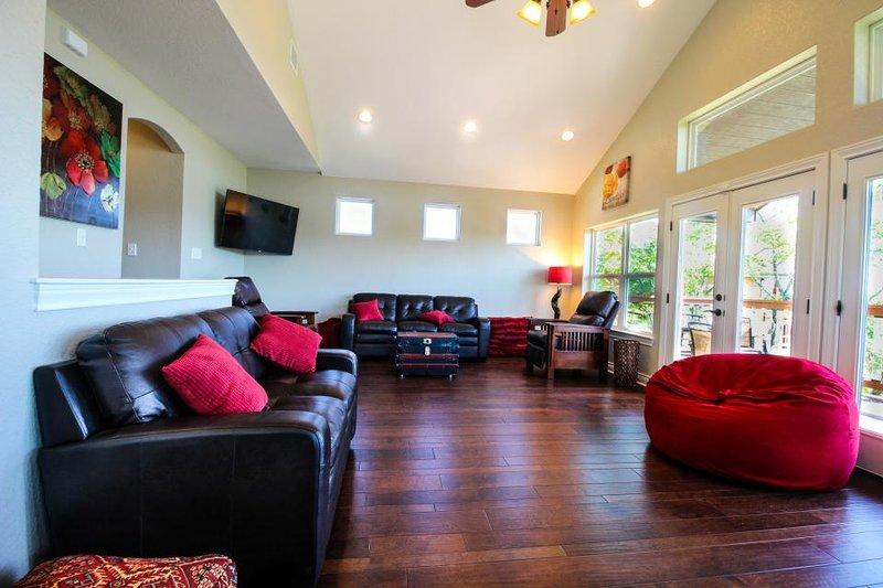 Brand new, spacious lakefront home boasting incredible views - Image 1 - Canyon Lake - rentals