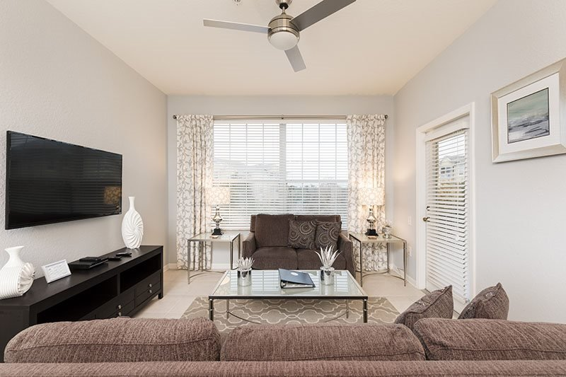 Windsor Elegance | Beautiful Luxury 3rd Floor Condo Located in Building 6 with Upgraded Kitchen and Contemporary Decor Throughout - Image 1 - Four Corners - rentals