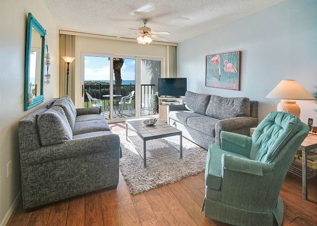 Living Area - Land's End #202 building 11 - Beach Front - Treasure Island - rentals