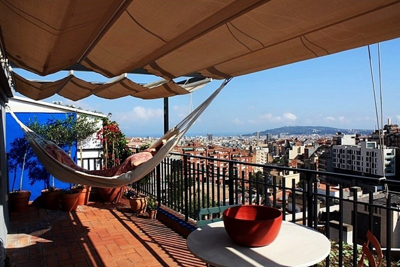 Gràcia - Parc Güell Penthouse with views from Mountain to shining Sea - Image 1 - Barcelona - rentals
