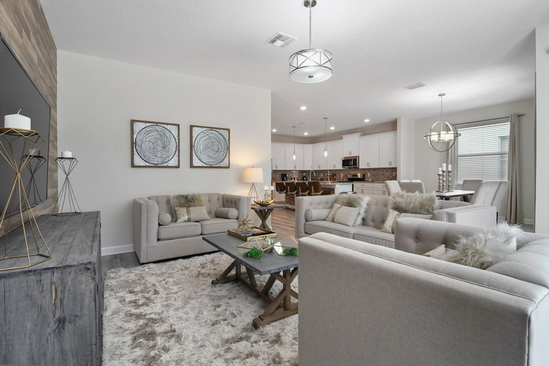 6Bedr Gorgeous Pool Home  Storey Lake (A6SSL4730) - Image 1 - Kissimmee - rentals