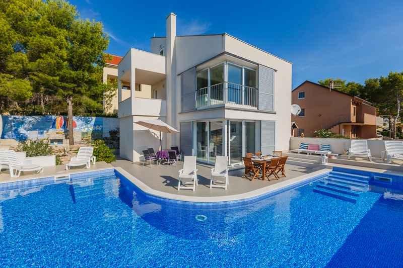 Modern villa near sea for rent, Milna, Brac - Image 1 - Cove Makarac (Milna) - rentals