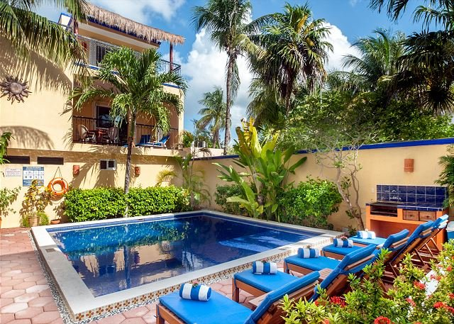 private balcony overlooking the pool, peaceful apartment with great amenities - Image 1 - Puerto Morelos - rentals