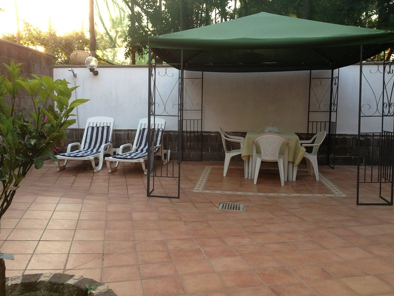 holiday house  car parking A\ Cond. 6 beds Sorr - Image 1 - Massa Lubrense - rentals