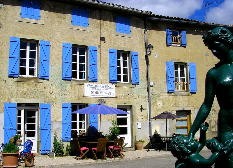 Chez Maison Bleue, holiday cottage and bed and breakfast south of Carcassonne - 18th century cottage south of Carcassonne - Chalabre - rentals