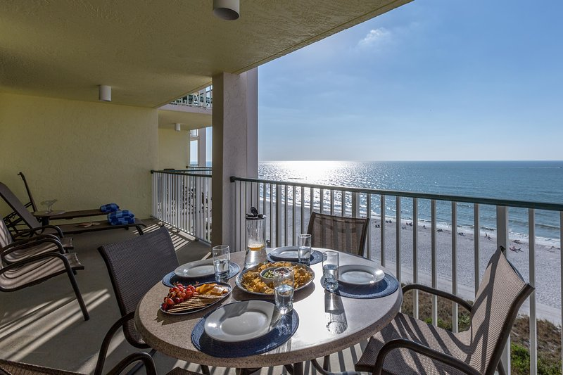 Gulffront relaxation and dining....ah! - Easter week avail   Beachfront 3 Bed/2Bath 9th Fl - Marco Island - rentals