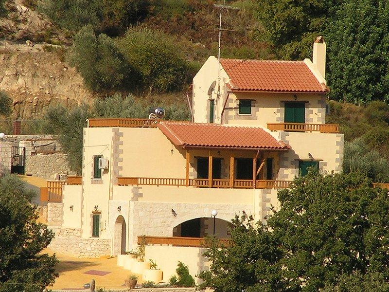 Villa Fouli - 3 bedroom villa with PRIVATE pool - views - Cretan hospitality - Image 1 - Rethymnon - rentals