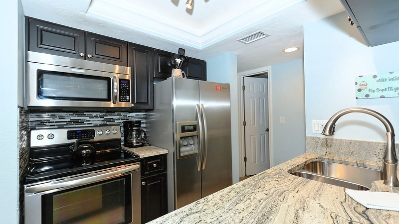 New Kitchen with high-end appliances! Granite and custom cabinets. - Tropical Beach Getaway at Sandy's Siesta!! - Siesta Key - rentals