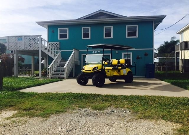 Welcome to Helen's Hideaway! - Helen's Hideaway: Free 6 Pass Golf Cart w/ Private Pool, Palapa Bar, In Town - Port Aransas - rentals
