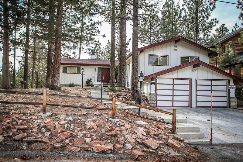 947-Olympic Retreat - Image 1 - Big Bear Lake - rentals