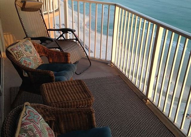 Fall * $100/nt; Beachfront, Beautiful, Bright one bedroom deluxe - Image 1 - Panama City Beach - rentals