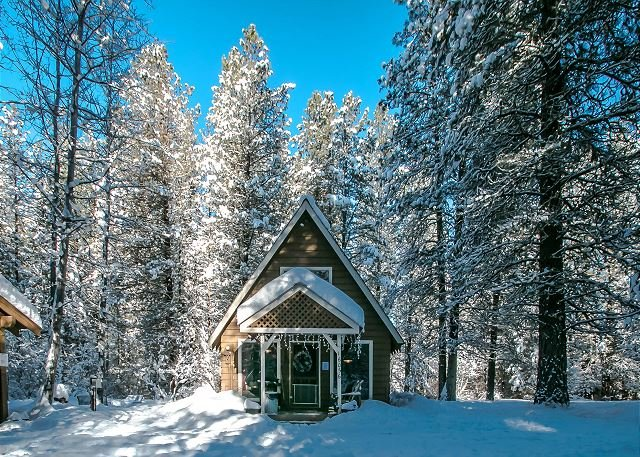 "An Oasis blanketed in snow - ""An Oasis"" in the woods, - Leavenworth - rentals"