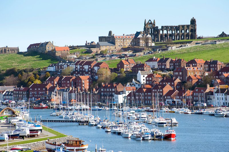 Whitby Abbey and Harbour - Pannett Park View, Whitby, North Yorkshire - Whitby - rentals