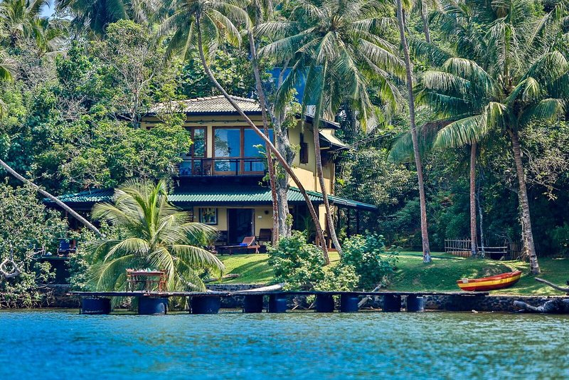south point cottage  - South Point Cottage- lakefront - 1 km to  beach, Fully staffed including a chef - Galle - rentals