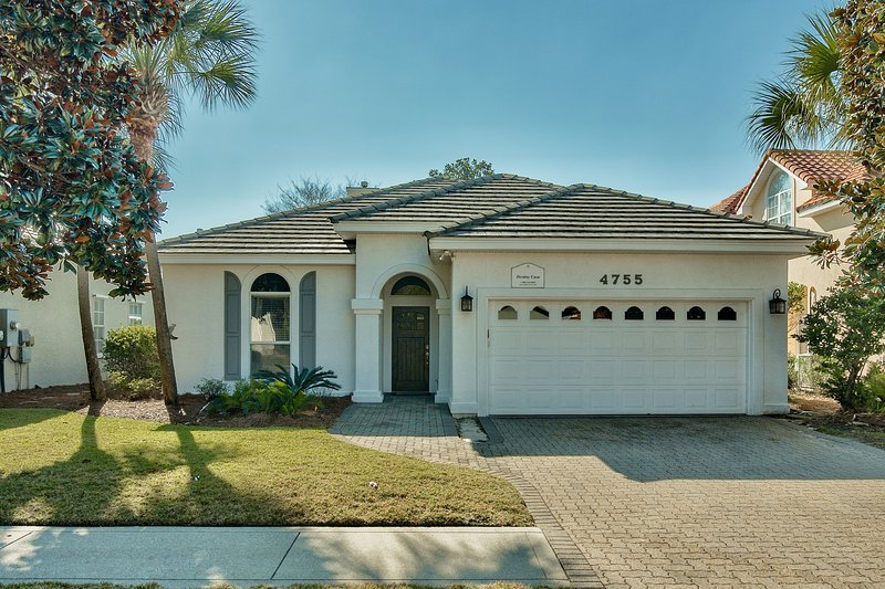 Destiny East home!  Call today!  Private pool - Golf Cart - Image 1 - Destin - rentals