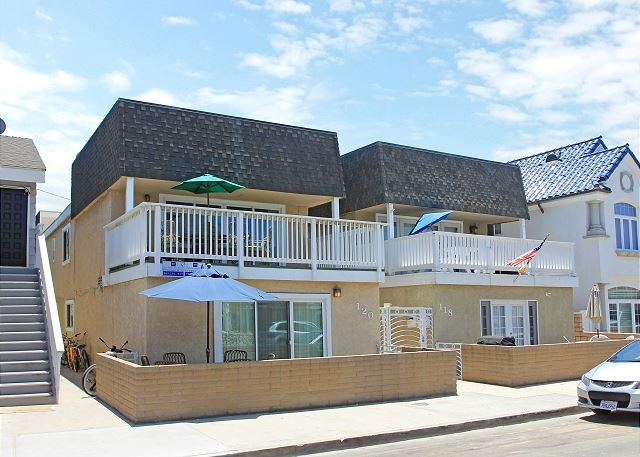 Steps to the Sand - Large Patio - Walk to Newport Pier and Shopping! (68338) - Image 1 - Newport Beach - rentals