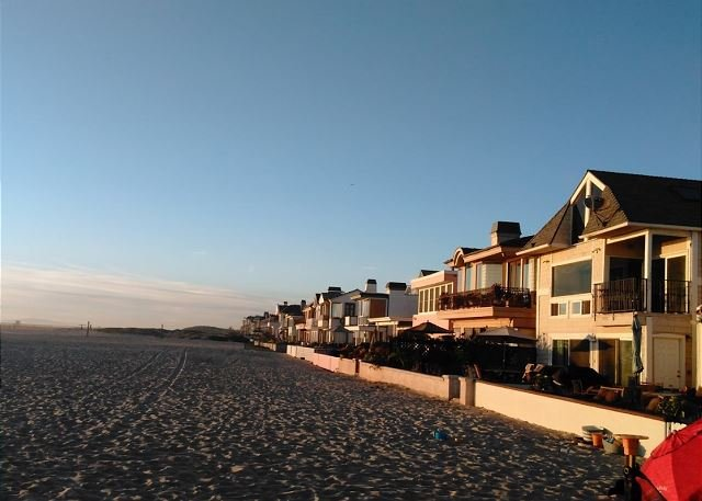 Oceanfront Home- Balcony and Large Beach Front Patio! Monthly Rental (68102) - Image 1 - Newport Beach - rentals